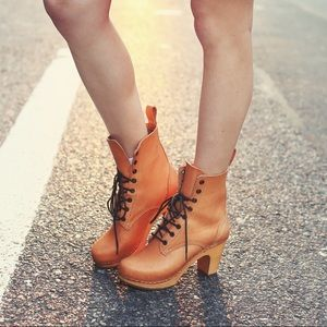 Swedish Hasbeens Hippie Lace Up Leather booties